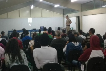 Proerd realiza Ciclo de Palestras sobre prevenção para cerca de 1.000 alunos de escolas de Ouro Preto (MG)