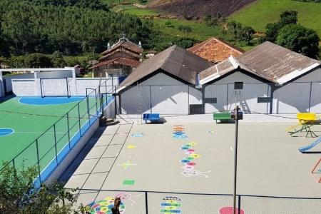 Prefeitura reforma escola para atender melhor as crianças da área rural do município